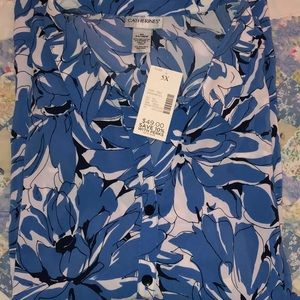 5X NWT Button up all over flower print shirt